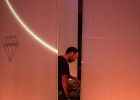 Nicola Ratti a BASE, foto di Tommaso Pandolfi