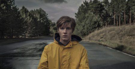 Dark - Louis Hoffmann, Julia Terjung / Netflix