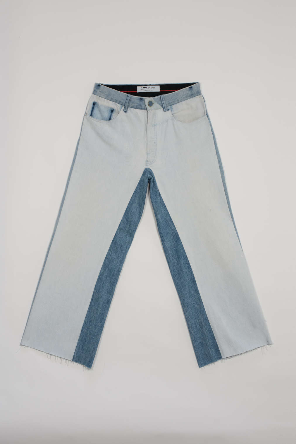 BLUE OF A KIND JEANS